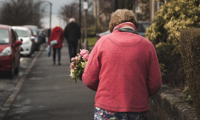 Kako brinuti o starim roditeljima?