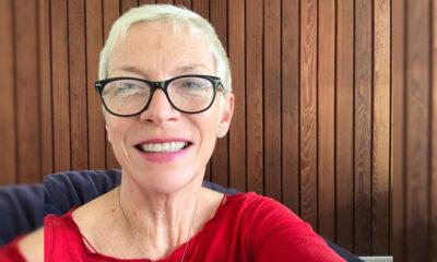 Koliko godina ima Annie Lennox?