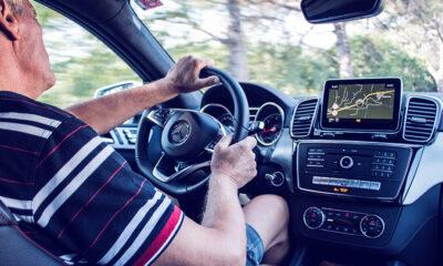Do kada stariji smiju voziti auto?